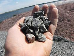 Granitskærver i hånden