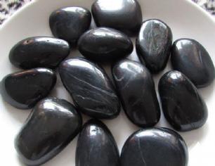 salg af Poleret sort s�sten 3-4 cm
