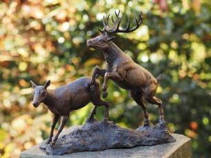 salg af 2 stk bambi figurer
