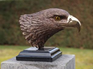 salg af Eagle head