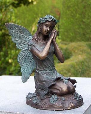 salg af Kneeling fairy