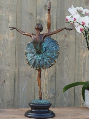 salg af Ballerina 59 cm