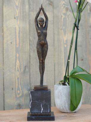 salg af Woman art deco 48 cm