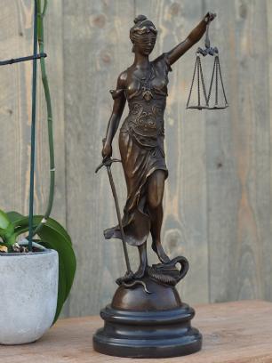 salg af Lady Justice
