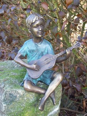 salg af Boy with guitar