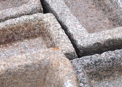 salg af Antikke plantetrug ass granit farver