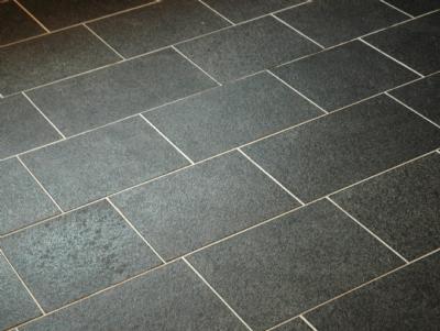 Flise, sort basalt 30 x 30-90 x 1,5
