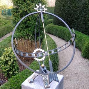salg af Stort Sol-ur i Bronze