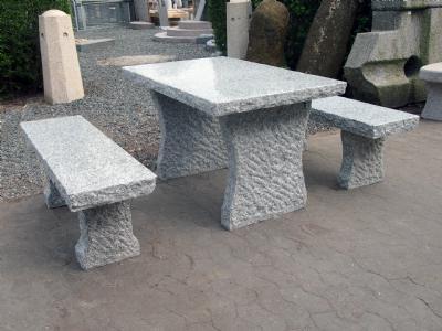 """salg af Granitbord med 2 bænke i grå granit """"Grethe"""""""