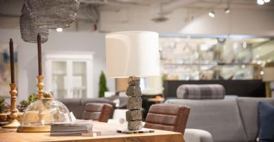 salg af Bordlampe med skærm