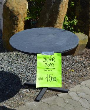 salg af Caf�bord med sort skifer bordplade