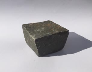 salg af Chaussesten i sort basalt