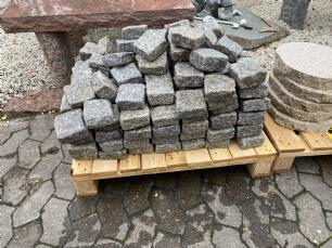 salg af REST Chaussesten lysgrå tromlet granit