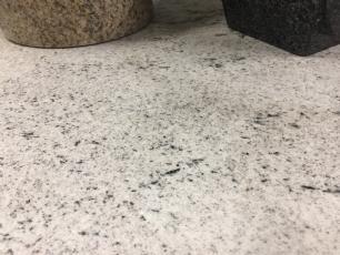salg af Fliser May Flower granit - poleret