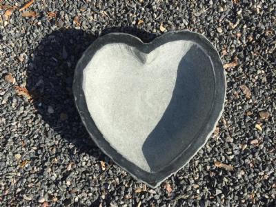 salg af Fuglebad hjerteformet sort granit