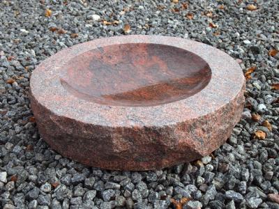 salg af Fuglebad i indisk granit m. polering