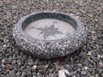salg af Fuglebad med kompas