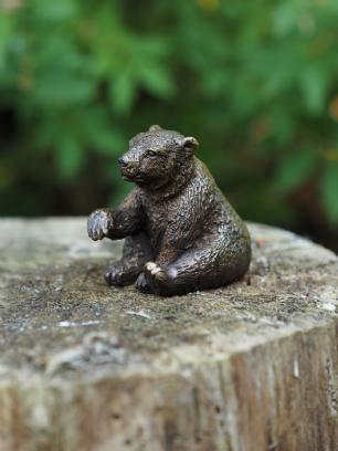 salg af Little bear