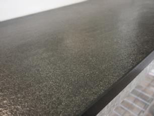 salg af Br�ndt/b�rstet, sort granitbordplade