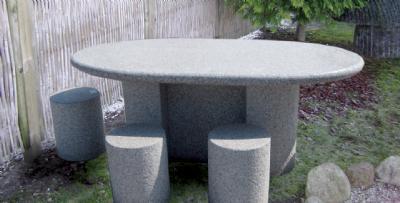 Granit havebord med taburetter