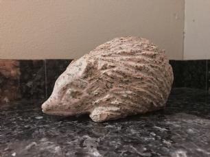 """salg af Pindsvin i granit """"Morten"""""""