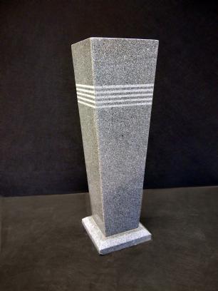 """salg af Granit Plantekumme """"Strib"""" 30x30x100 cm"""