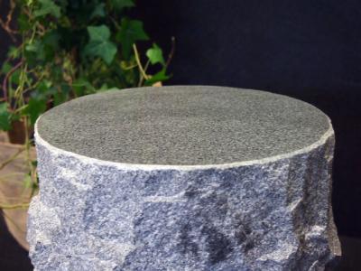 salg af Granit taburet til bålsted