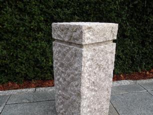 salg af Granitsokkel i rosa granit m/fals
