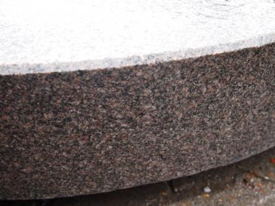 Trapper rødlig granit - våd tilstand