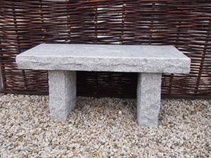 salg af Rustik b�nk i gr� granit med poleret s�de