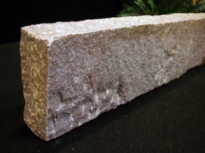 salg af Kantsten - Rød manga granit