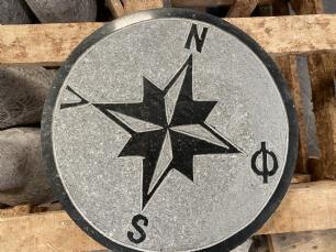 salg af Kompas sort granit