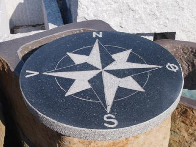 Kompasrose sort granit Dia 50 cm - �50