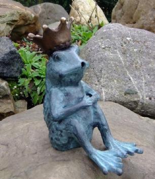salg af Little king frog fountain