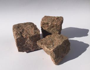 salg af Mosaiksten rød indisk granit, kløvet