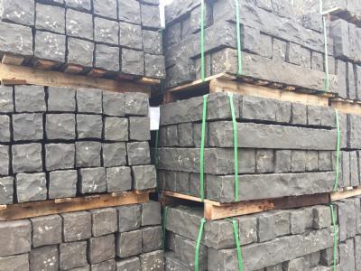 Sort kantsten palisade basalt