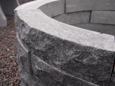salg af Plantering i sort granit