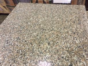 salg af REST Fliser - Rosa Mix granit