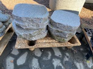 salg af Rosa trædesten brændt granit