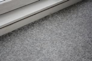 salg af Sålbænk i sort granit/basalt