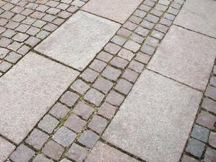 salg af Granitflise - Rosa granit med rustik, skridsikker overflade