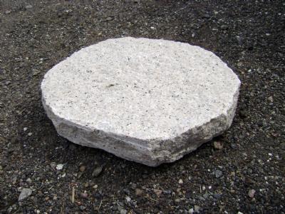 Trædesten i granit