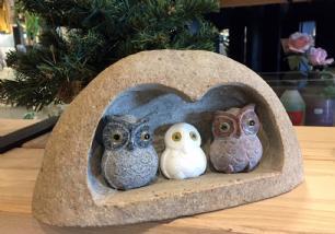salg af Uglefamilie i sten