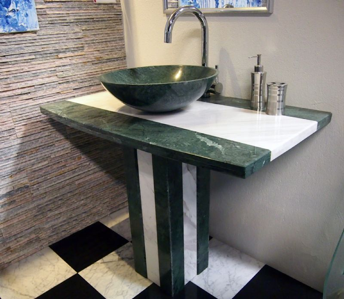 Salg Af Vaskesøjle I Grøn Marmor